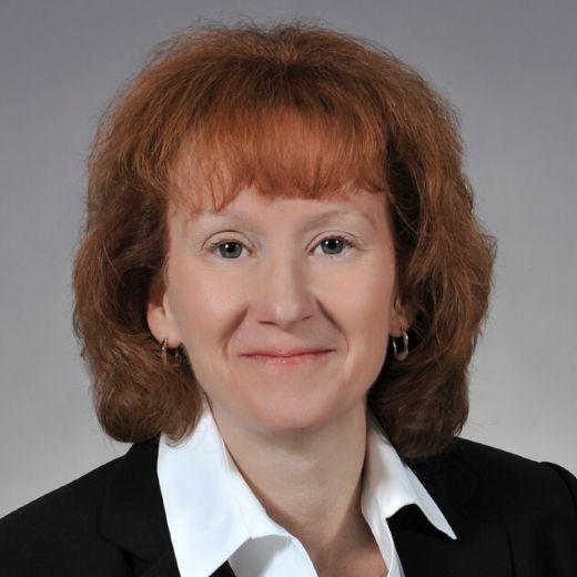 Lisa Dickson headshot