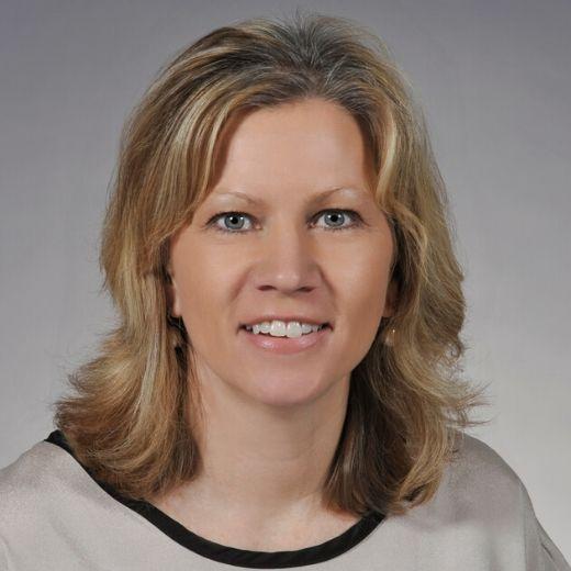 Lisa Belliveau headshot