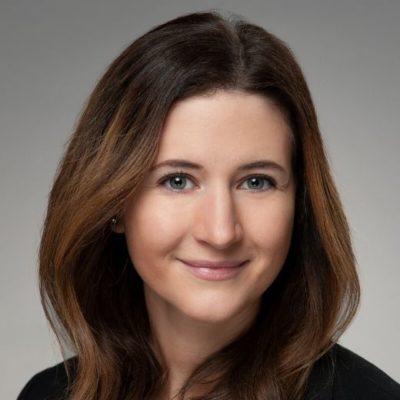 Zoe Kennedy headshot