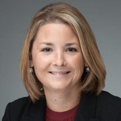 Julie Pacquette headshot